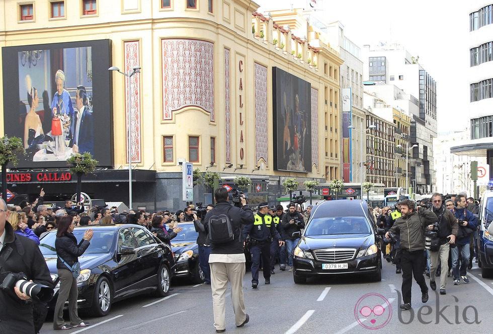 Sara Montiel es despedida por el pueblo de Madrid