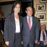 Carmen Tello y Curro Romero en la presentación del libro de Espartaco