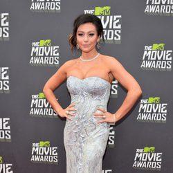 Jenni Farley en la alfombra roja de los MTV Movie Awards 2013