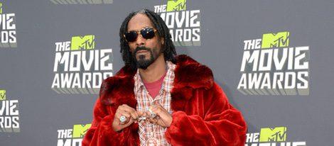 Snoop Dogg en la alfombra roja de los MTV Movie Awards 2013