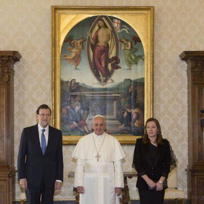 Mariano Rajoy, el Papa Francisco y Elvira Fernández Balboa en El Vaticano