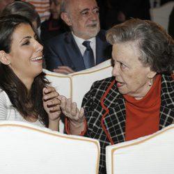 Ana Pastor y María Galiana en la presentación del libro 'Cuéntame: Ficción y realidad'