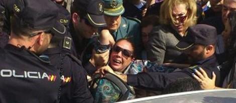 Isabel Pantoja se desmaya tras conocer la sentencia del 'caso Malaya'