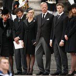 Los hijos y nietos de Margaret Thatcher en su funeral