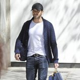 Pablo Alborán de compras por Madrid