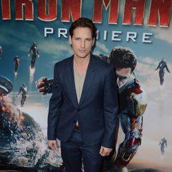 Peter Facinelli en el estreno de 'Iron Man 3' en Los Ángeles