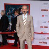 Shaun Toub en el estreno de 'Iron Man 3' en Los Ángeles