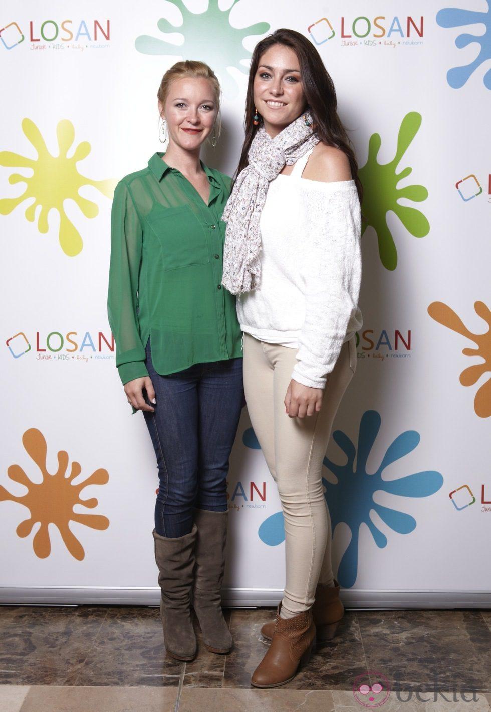 Las hermanas María Esteve y Celia Flores en la inauguración de LOSAN KIDS en Madrid