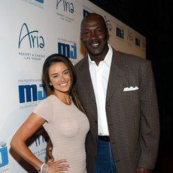 Michael Jordan e Yvette Prieto en una gala organizada por el ex deportista