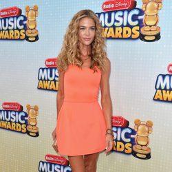 Denise Richards en los Radio Disney Music Awards 2013