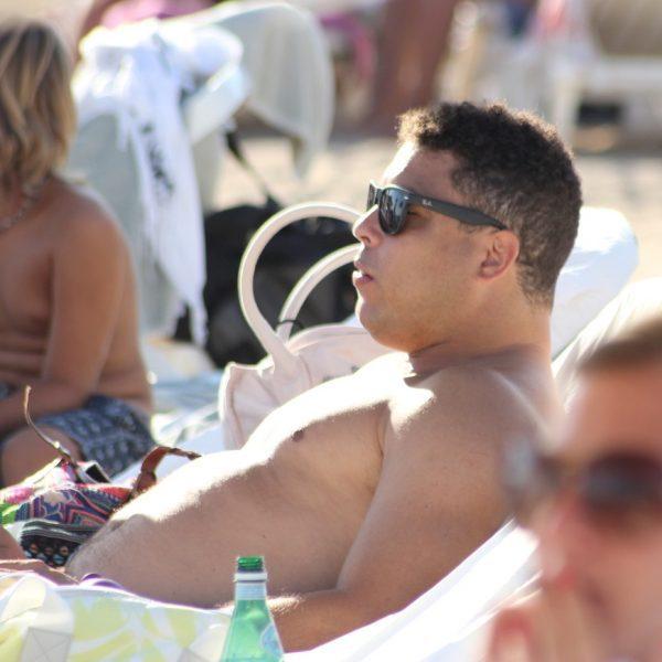 Ronaldo Nazario presume de familia en Ibiza