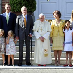 La Familia Real Española recibe al Papa Benedicto XVI en Zarzuela