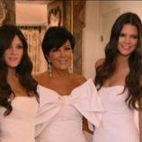 Kris Jenner y sus hijas Kendall y Kylie en la boda de Kim Kardashian y Kris Humphries
