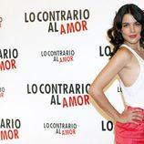 Adriana Ugarte espectacular en la presentación de 'Lo contrario al amor'