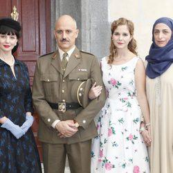 La familia Armenteros en la presentación de la séptima temporada de 'Amar en tiempos revueltos'