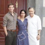 Manuel Baqueiro, Itziar Miranda y José Antonio Sayagués en la séptima temporada de 'Amar en tiempos revueltos'