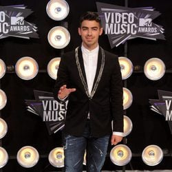 Joe Jonas en los MTV Movie Awards 2011