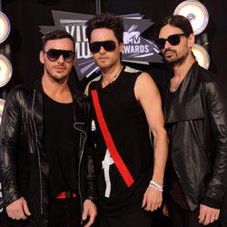 Shannon Leto, Jared Leto y Tomo Milicevic en los MTV Movie Awards 2011