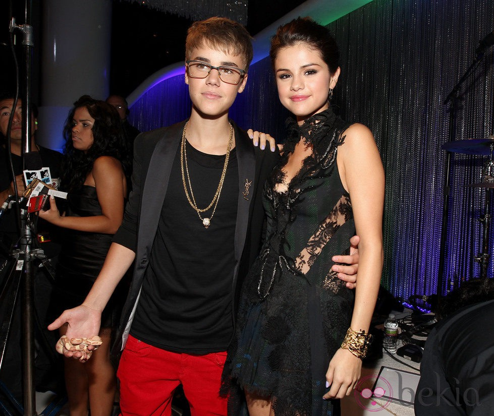 Justin Bieber y Selena Gomez en los MTV Video Music Awards 2011