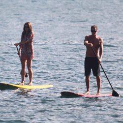 Cindy Crawford y Rande Gerber presumen de cuerpo en el lago Como