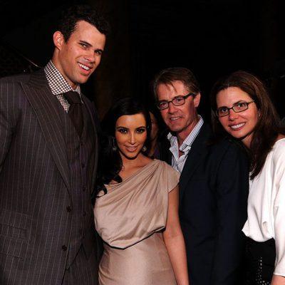 Kim Kardashian y Kris Humphries con Kyle MacLachlan y Desiree Gruber en en su fiesta de recién casados