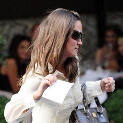 Pippa Middleton coge la multa que le han puesto en Londres