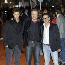 Peter Vives, Tristán Ulloa y Carlos Santos en la clausura del FesTVal de Vitoria