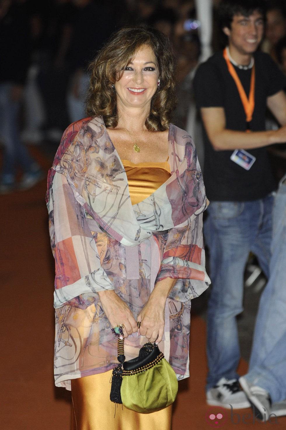 Ana Rosa Quintana en la clausura del FesTVal de Vitoria