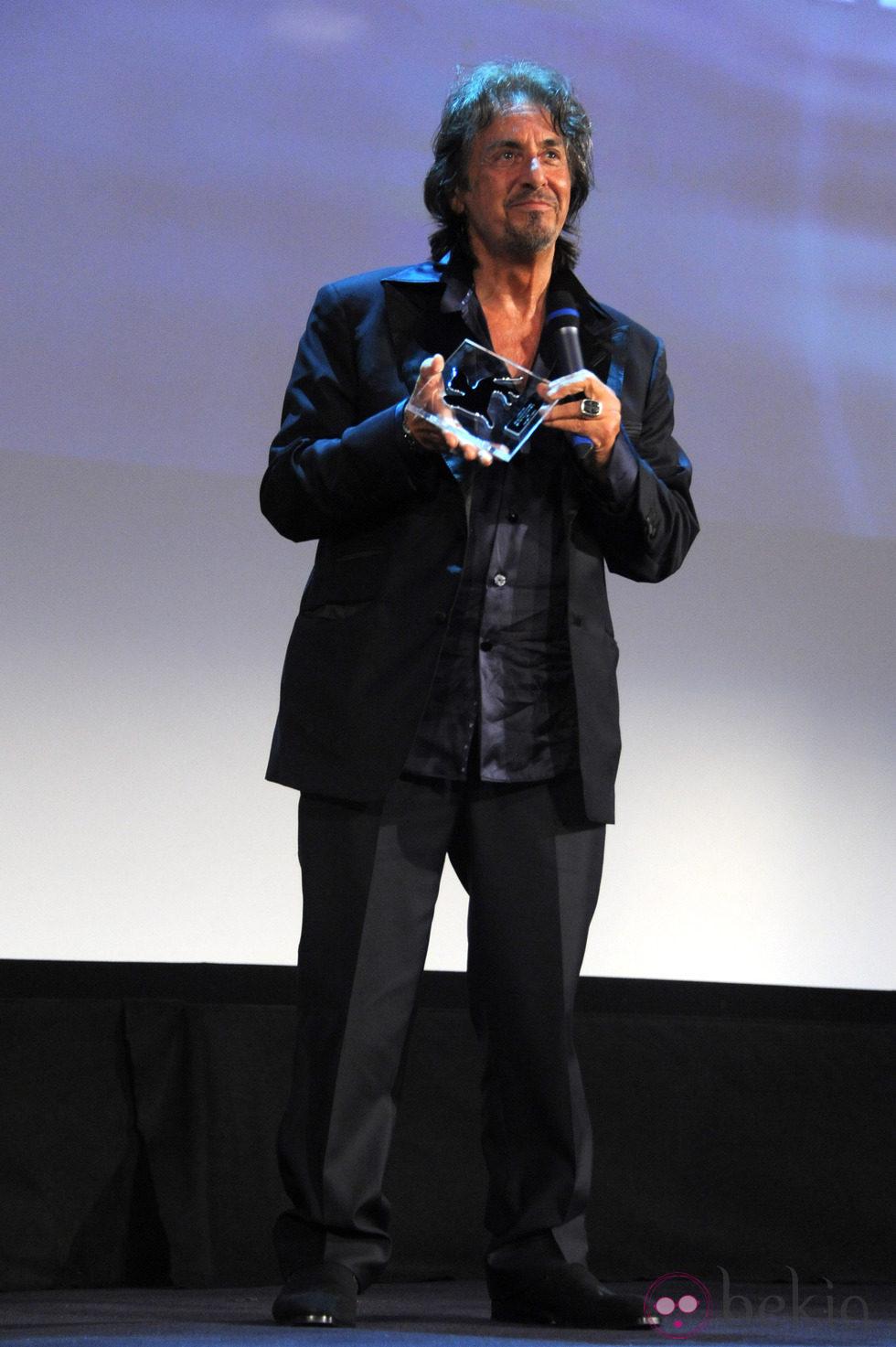 Al Pacino recoge el premio que reconoce toda su carrera en la Mostra de Venecia