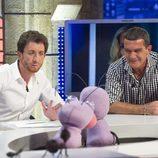 Antonio Banderas y Pablo Motos en 'El hormiguero'