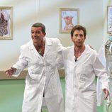 Antonio Banderas y Pablo Motos realizan una prueba en 'El hormiguero'