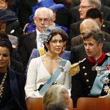 Los príncipes Federico y Mary de Dinamarca en la ceremonia de investidura de Guillermo Alejandro de Holanda