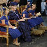 La Princesas Amalia, Beatriz, Alexia y Ariane en la investidura de Guillermo Alejandro de Holanda