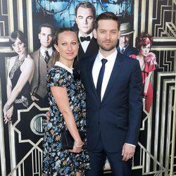 Tobey Maguire y su esposa Jennifer Meyer en la premiere en Nueva York de 'El gran Gatsby'