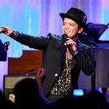 Bruno Mars en la 16ª gala de Investigación del Cáncer de Mujeres