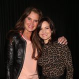 Brooke Shields y Carla Gugino en el concierto de Justin Timberlake en el Roseland Ballroom de Nueva York
