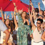 Jennifer Lopez bailando en el videoclip de 'Live It Up' en Miami