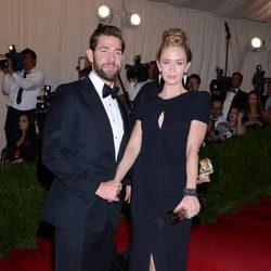 Emily Blunt y John Krasinski en la Gala del MET 2013