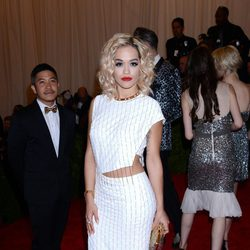 Rita Ora en la Gala del MET 2013
