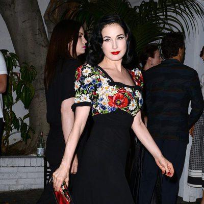 Dita Von Teese en la Cena de Cosméticos organizada por Vogue y MAC
