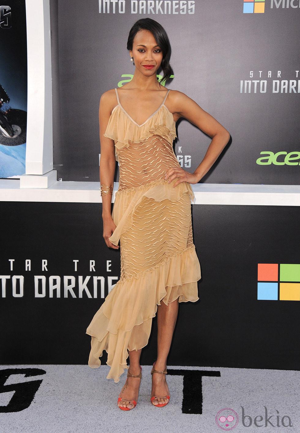 Zoe Saldana en el estreno en Los Angeles de 'Star Trek: En la oscuridad'