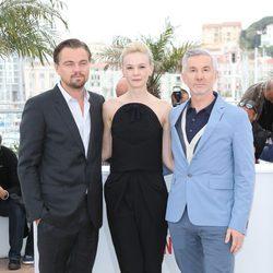 Leonardo DiCaprio, Carey Mulligan y Baz Luhrmann en el Festival de Cine de Cannes 2013