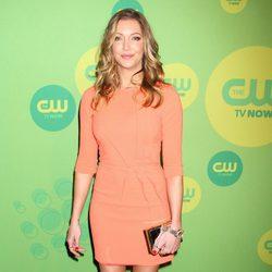 Katie Cassidy en los Upfronts 2013 de The CW