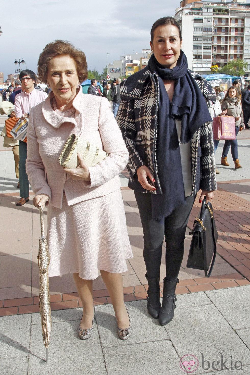 Carmen Franco y Carmen Martínez-Bordiú en una de las corridas de toros de San Isidro 2013