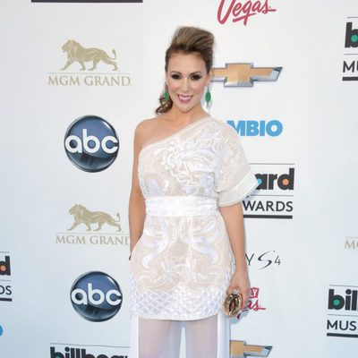 Alyssa Milano en la alfombra roja de los Billboard Music Awards 2013