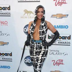Nayer en la alfombra roja de los Billboard Music Awards 2013