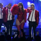 Actuación de Jennifer Lopez en los Billboard Music Awards 2013