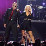 Actuación de Pitbull y Christina Aguilera en los Billboard Music Awards 2013