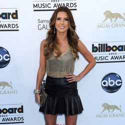 Audrina Patridge en la alfombra roja de los Billboard Music Awards 2013