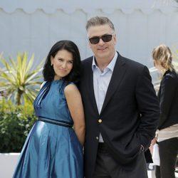 Hilaria Thomas y Alec Baldwin en el Festival de Cine de Cannes 2013